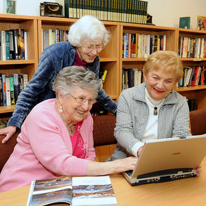 3 ladies in library
